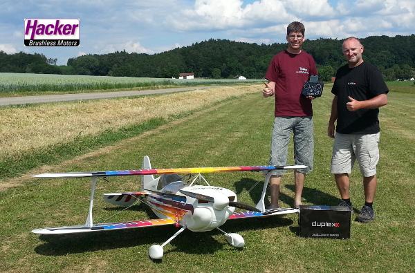 Indoor- und Acrospezialist Tom Schunk fliegt JETI!