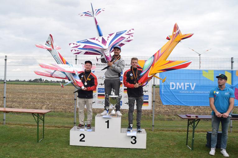 Siegerehrung Deutsche Meisterschaft der Klasse F3A für 2016